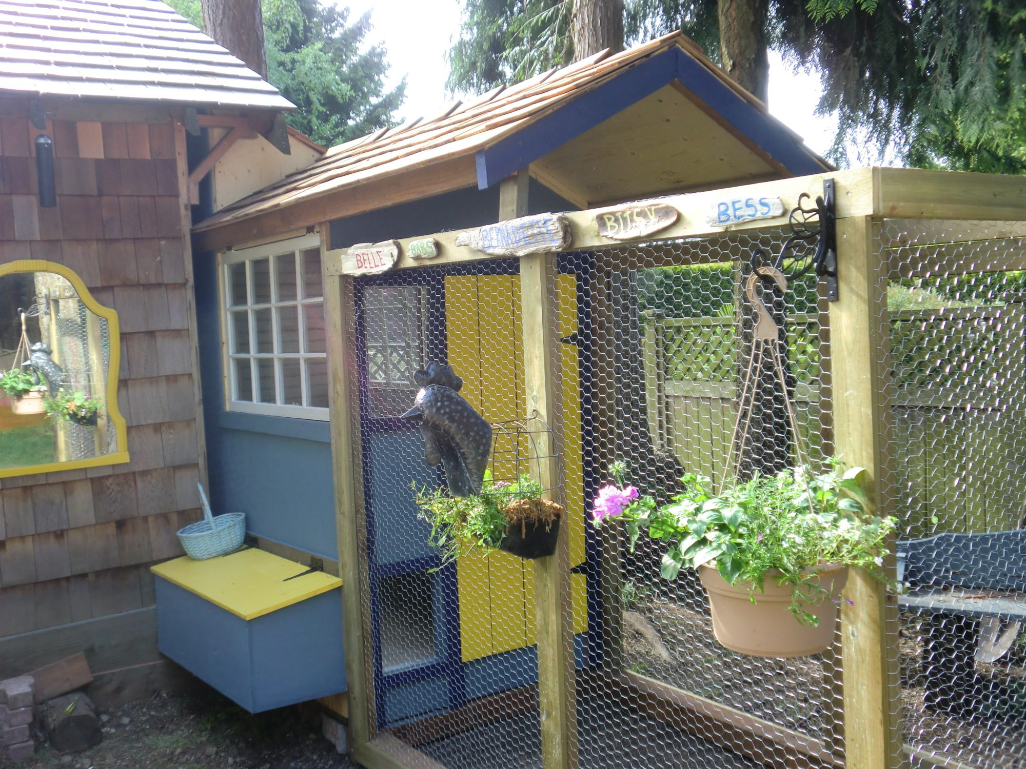 Cluckingham Palace Chicken Coop Tractor Backyard