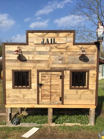 Shaggy's Texas Jail Coop