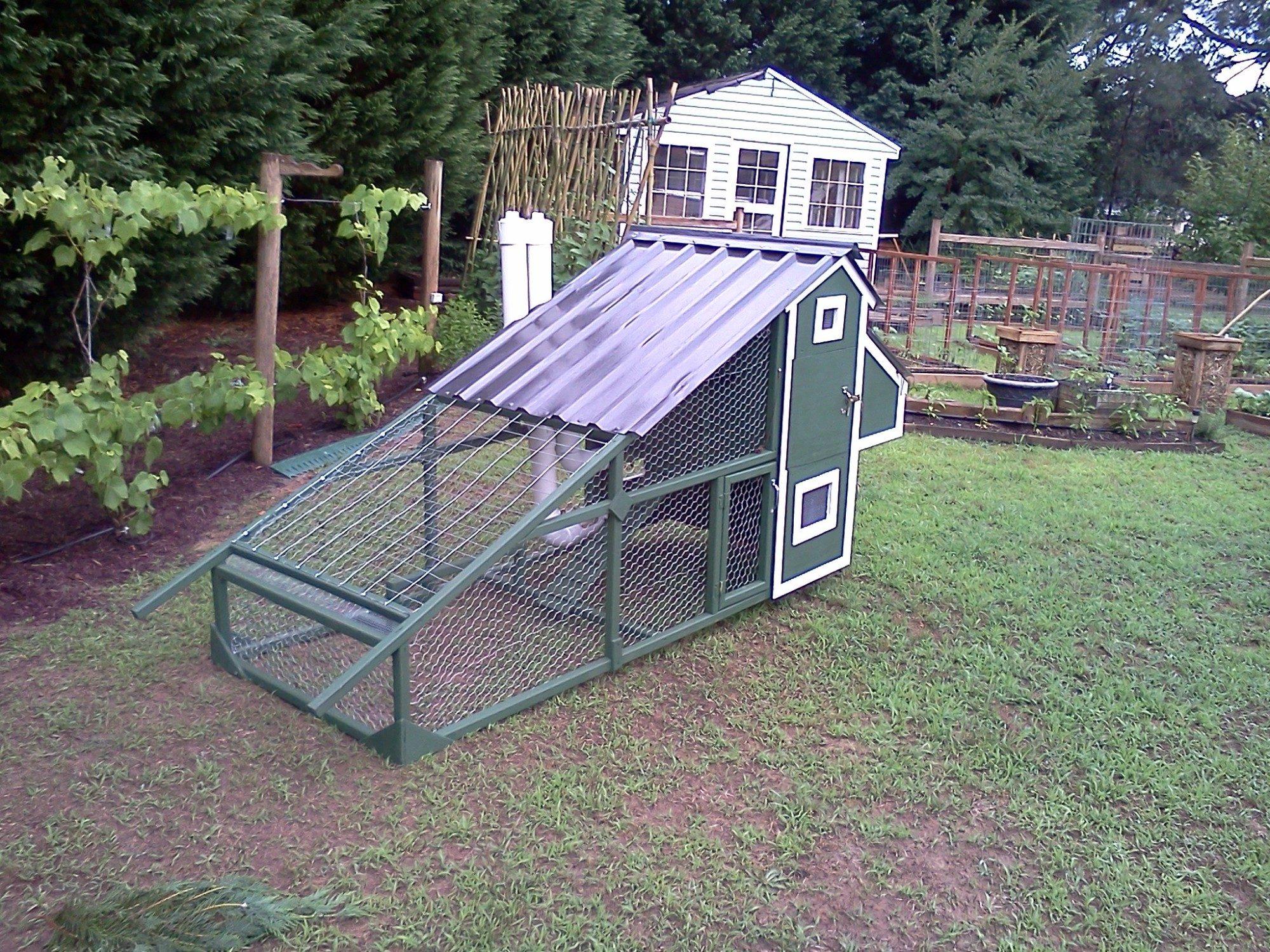 chicken coop 053014182025.jpg