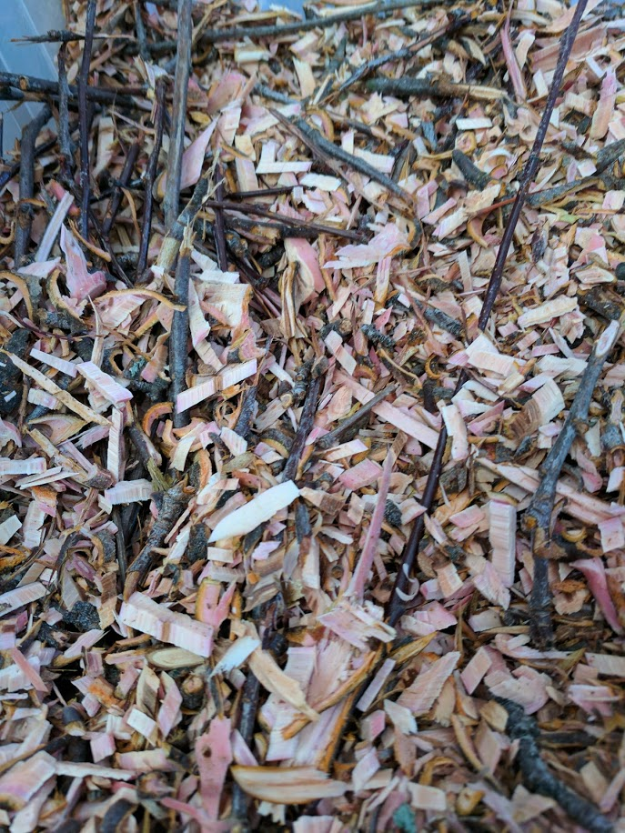 GranolaLight's photos in Can you use (spruce) mulch for bedding?