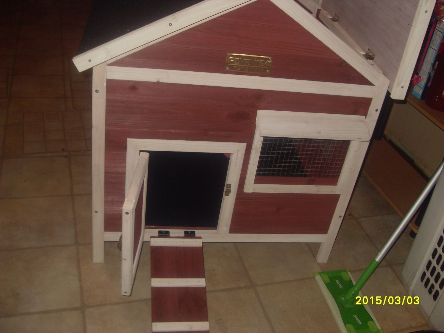 Teresaann24's photos in Using Advantek The White Picket Fence Rabbit Hutch as a small coop.