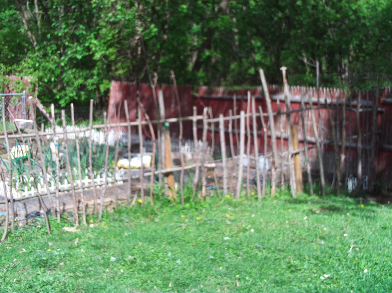 fence pics 001.JPG