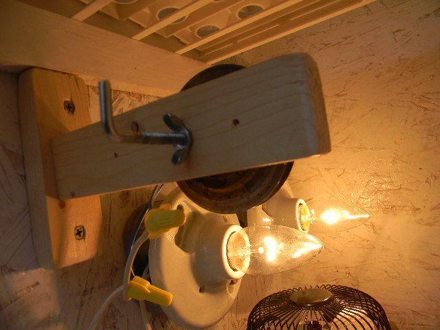 homemade cabinet incubator 010.JPG