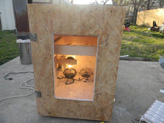 homemade cabinet incubator 014.JPG