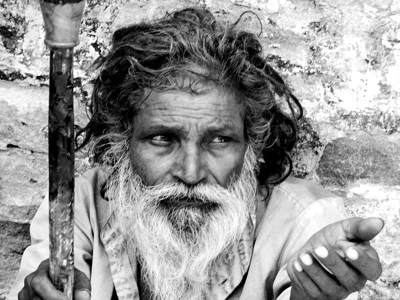 File source: //commons.wikimedia.org/wiki/File:Beggar.jpg