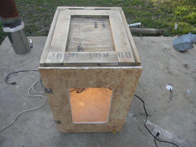 homemade cabinet incubator 002.JPG