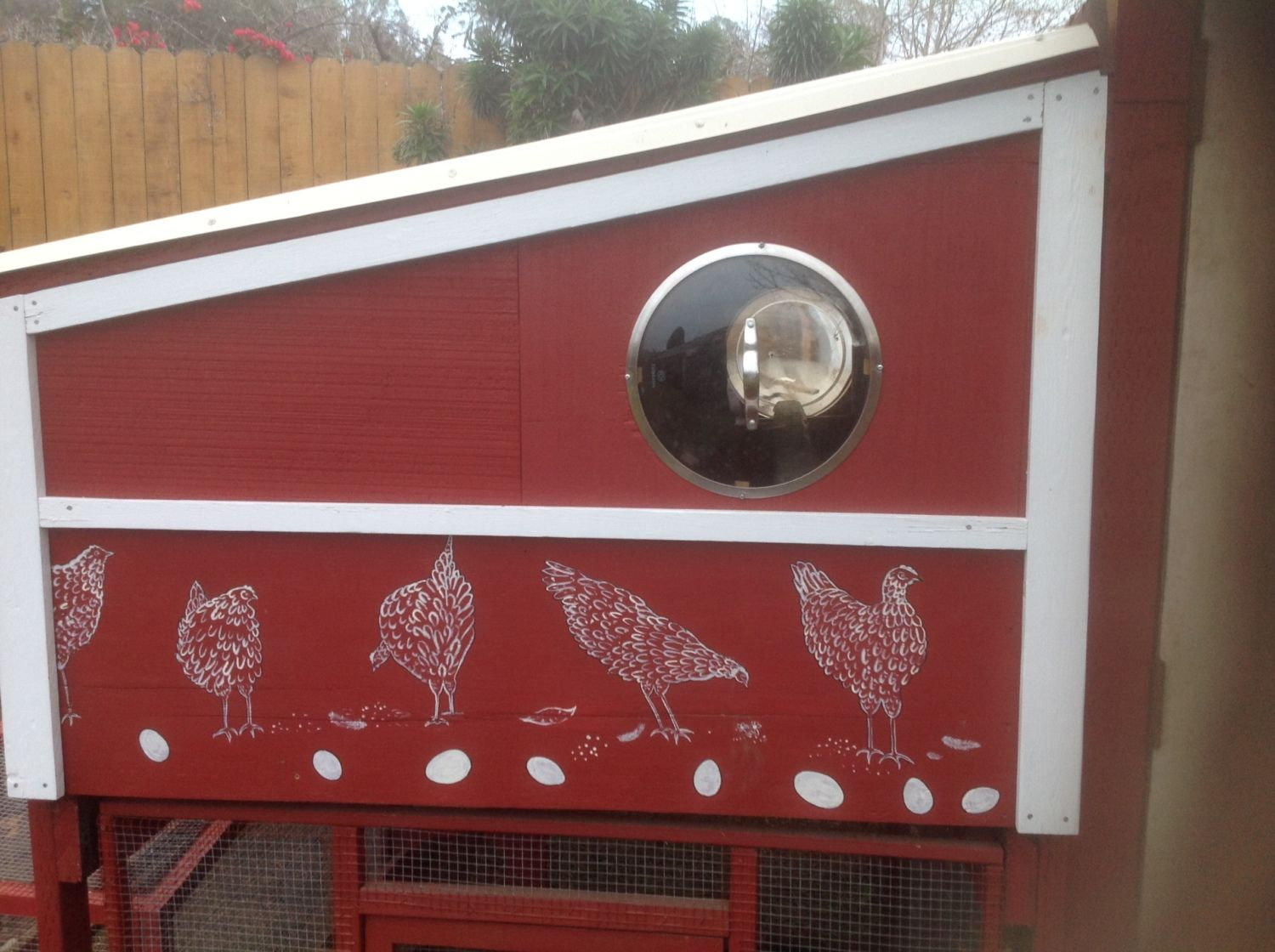 Here you can see the two round windows, one on either end of the coop.