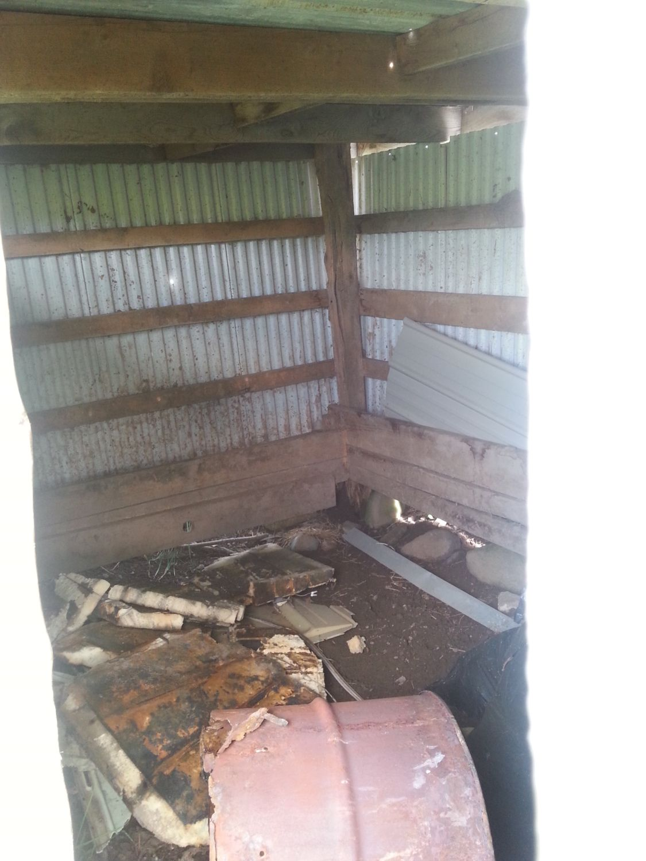 iLikeMineFried's photos in Hog shed = coop?
